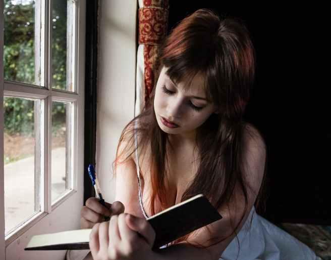 Pressão dos pares na adolescência