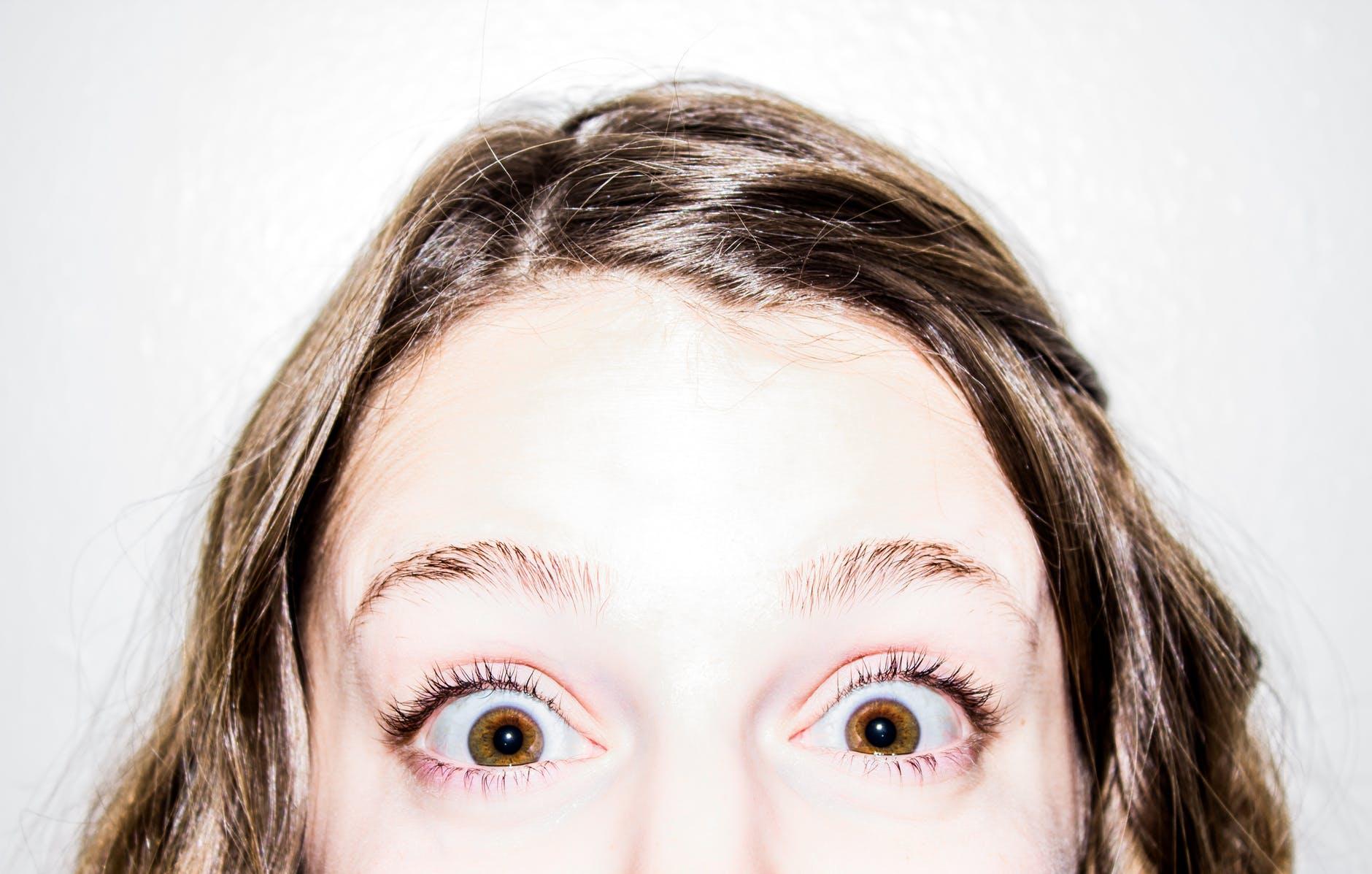 Tiques nos olhos.jpeg