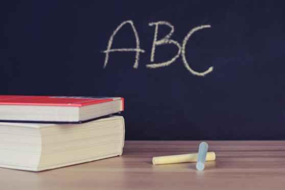 A escola e o saber